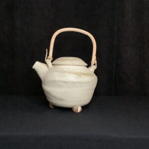 Tea Pot, off white with wooden handle
